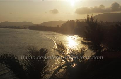 fort dauphin plage crepuscule2