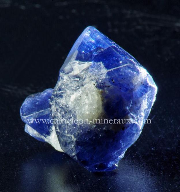 spinelle bleue